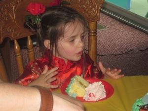 05.19.2013 Olive's birthday (6)